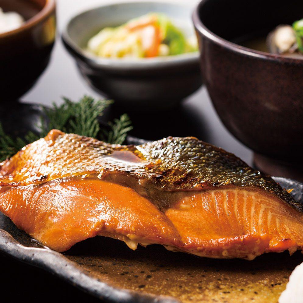 2種から選べる本日の焼魚定食